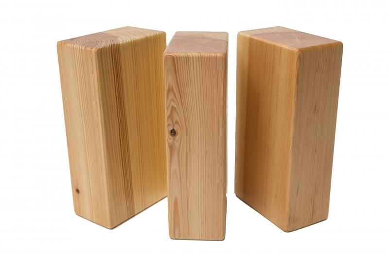 Holzblock latest schnheit couchtisch holzblock massivholz for Couchtisch holzblock